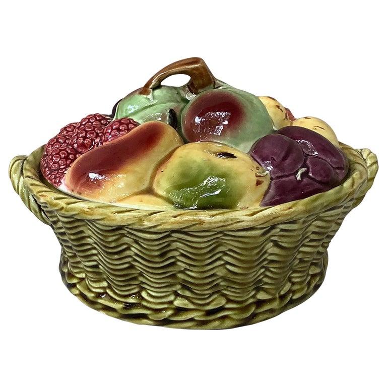 Majolica Fruits Basket Sarreguemines, circa 1920 For Sale