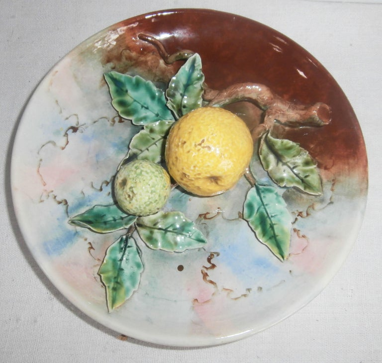 French Provincial Majolica Grapefruit Wall Plate Fives Lille, circa 1880 For Sale