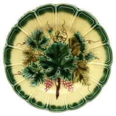Majolica Grapes Plate Sarreguemines, Circa 1890