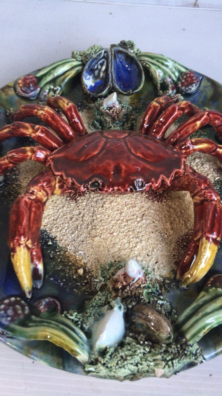 Mid-20th Century Majolica Palissy Portuguese Crab Wall Platter, circa 1940 For Sale