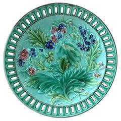 Majolica Reticulated Flowers Plate Villeroy & Boch, circa 1900