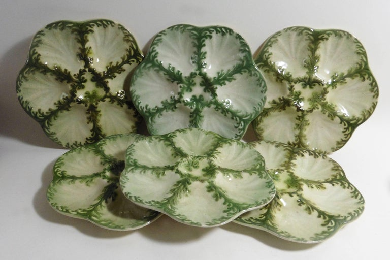 Majolica Seaweeds Oyster Plate Keller et Guerin Saint Clement In Good Condition For Sale In The Hills, TX