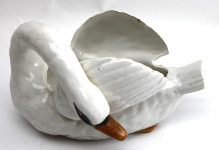Majolica Set of White Swans Jardinière Stamped Imperiale Nimy Belgium circa 1900 For Sale 5