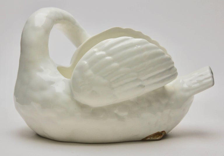 Majolica Set of White Swans Jardinière Stamped Imperiale Nimy Belgium circa 1900 For Sale 2