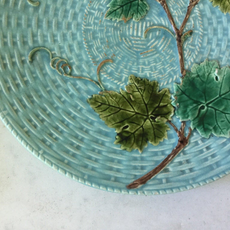 Country Majolica Vine Leaves Plate Sarreguemines, circa 1890 For Sale