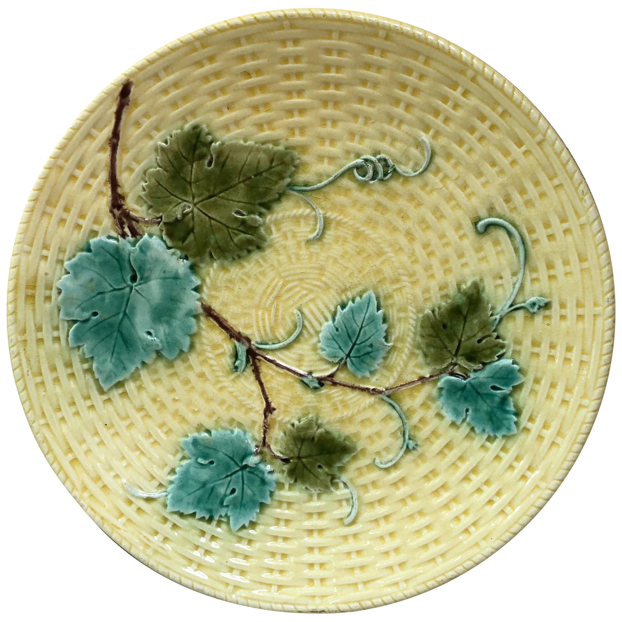 Majolica Vine Leaves Plate Sarreguemines, circa 1890