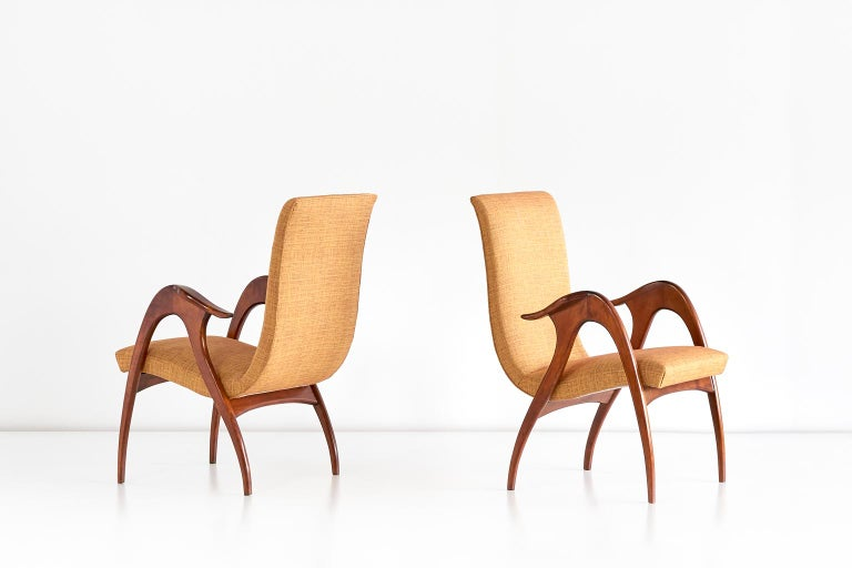 Fabric Malatesta and Mason Pair of Sculptural Armchairs in Walnut, Italy, Early 1950s For Sale