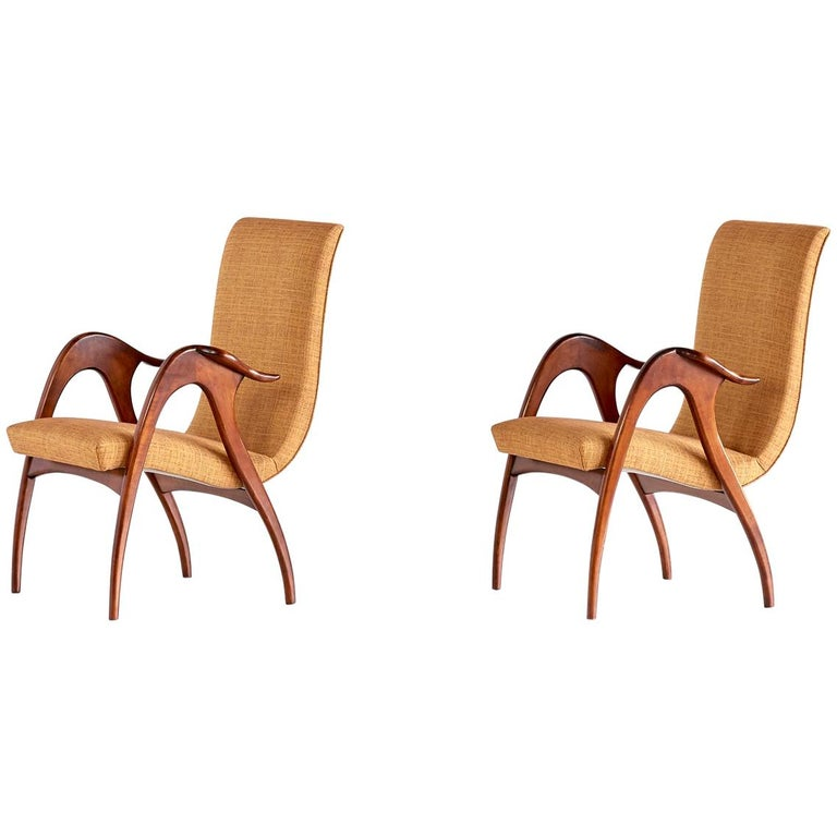 Malatesta and Mason Pair of Sculptural Armchairs in Walnut, Italy, Early 1950s For Sale