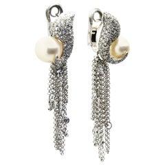 Maléfica 18 Karat White Gold and Pavé Diamond Earrings