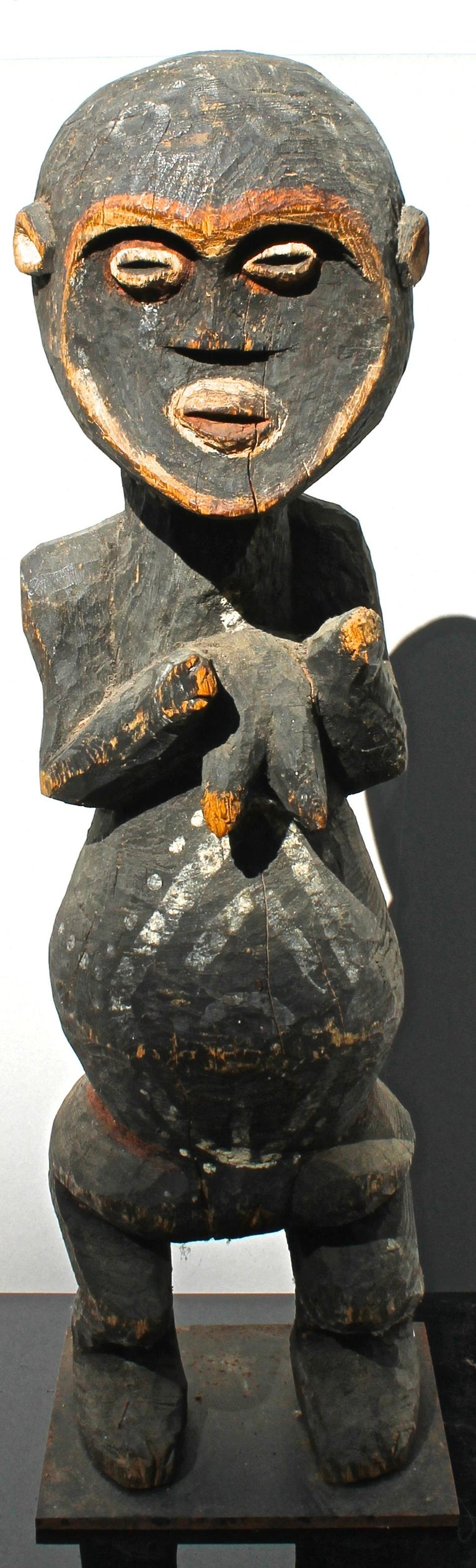Mambila Large Female Figure African Sculpture In Good Condition For Sale In Sharon, CT