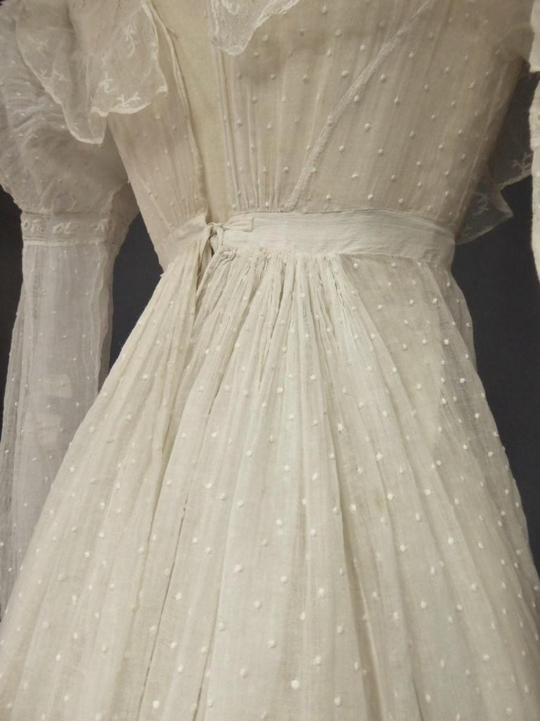 Mameluck Dress in Muslin and Embroidered Veil - First French Empire Circa 1810 For Sale 5