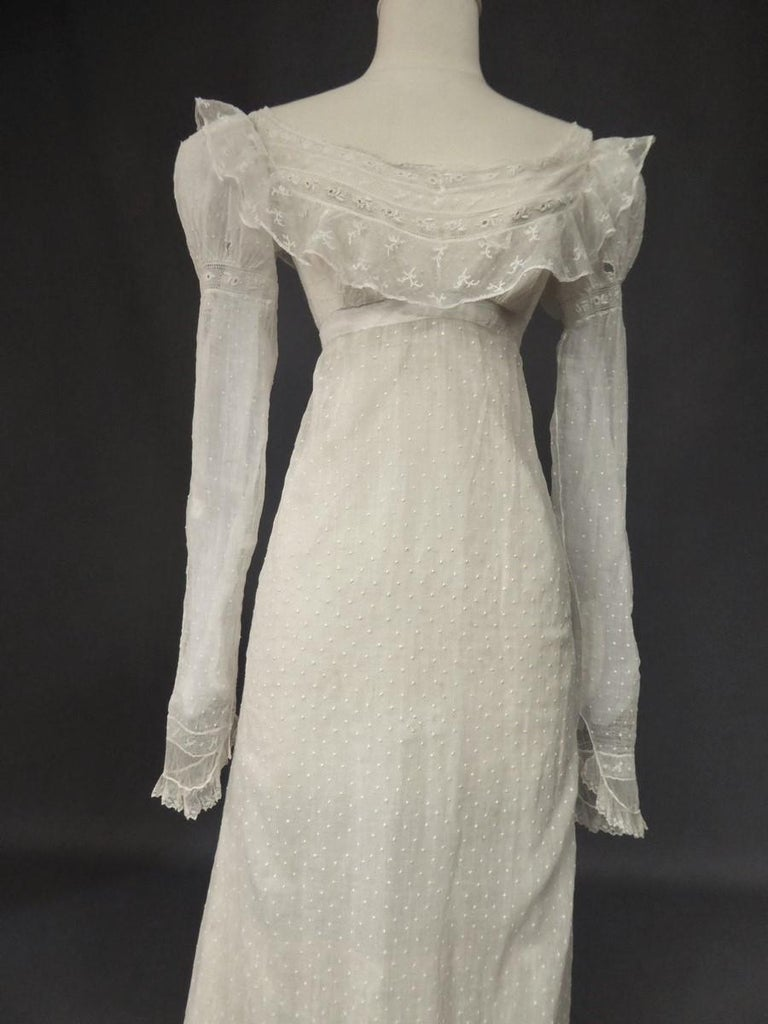 Mameluck Dress in Muslin and Embroidered Veil - First French Empire Circa 1810 For Sale 7