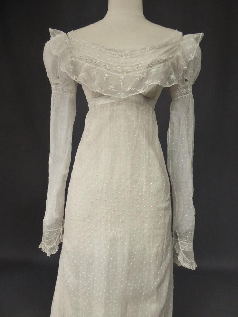Mameluck Dress in Muslin and Embroidered Veil - First French Empire Circa 1810 In Excellent Condition For Sale In Toulon, FR