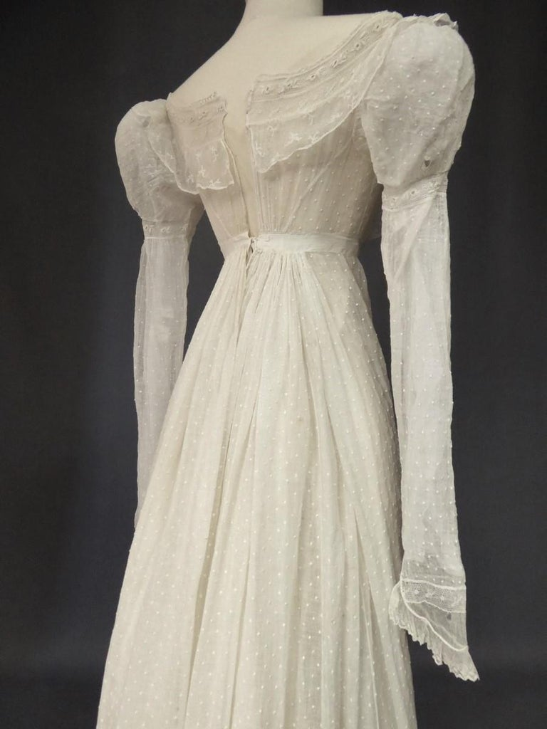 Mameluck Dress in Muslin and Embroidered Veil - First French Empire Circa 1810 For Sale 4