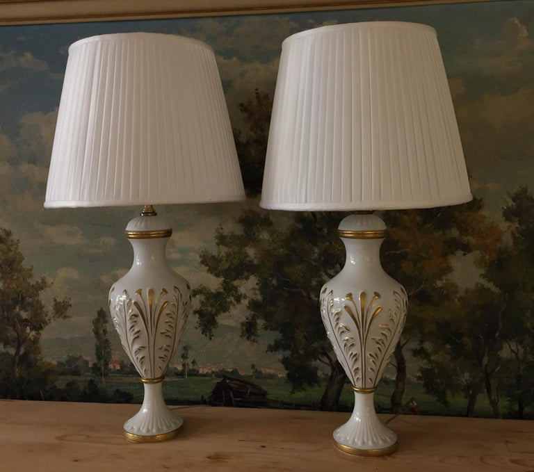 Mangani Firenze Pair of Italian White Table Lamps with Gold Foliate Motiv For Sale 9