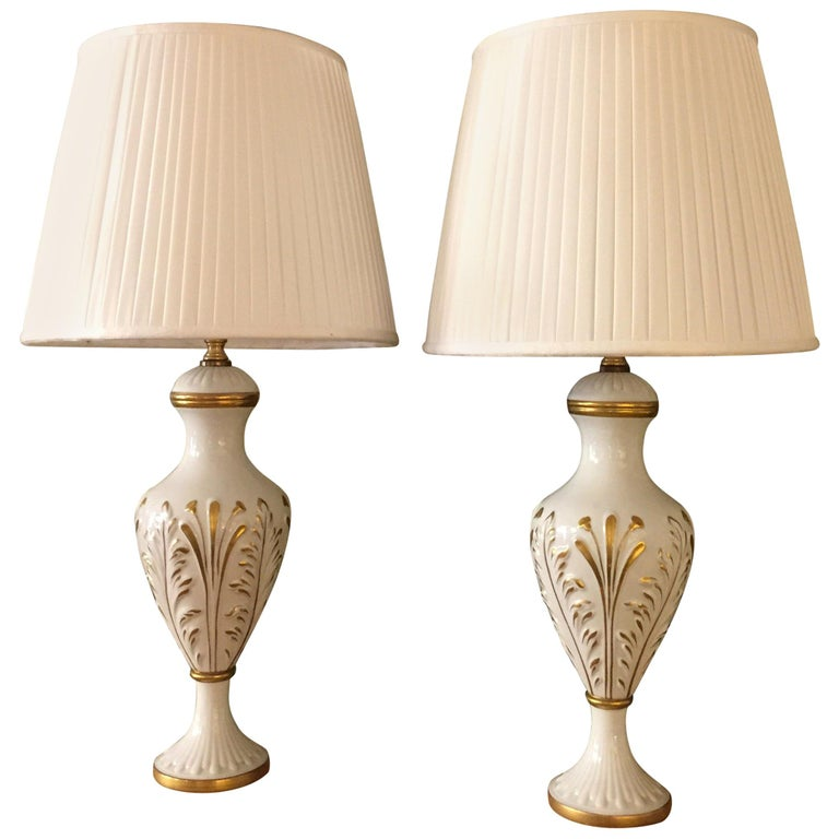 Mangani Firenze Pair of Italian White Table Lamps with Gold Foliate Motiv For Sale