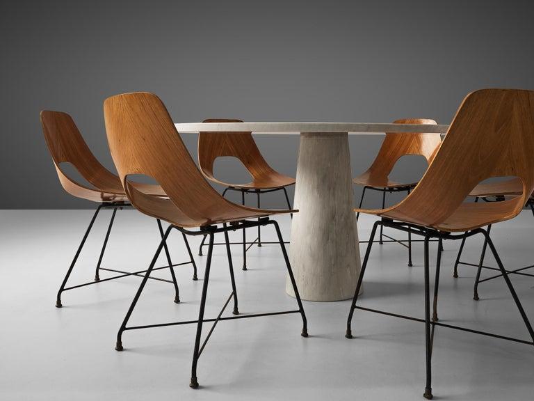 Mangiarotti 'Eros' Marble Table with Bozzi 'Ariston' Chairs and Stilnovo Lamp For Sale 2