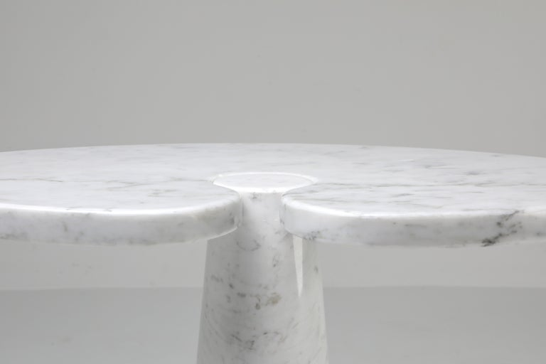 Mangiarotti White Carrara 'Eros' Marble Side Table for Skipper, Italy For Sale 2