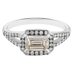 Maniamania Etherea Ring with Emerald cut Diamond in 14 Karat White Gold