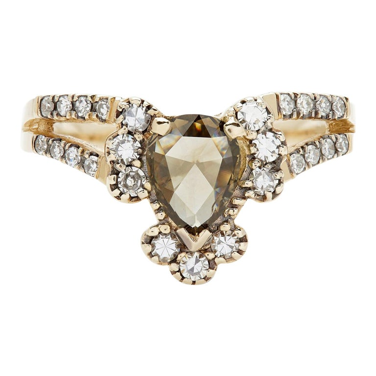 Maniamania Ritual Engagement Ring in 14k Gold with Rose Cut Champagne Diamond For Sale