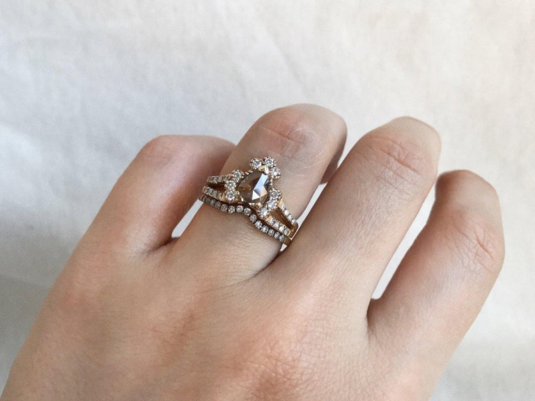 Maniamania Ritual Engagement Ring in 14k Gold with Rose Cut Champagne Diamond In New Condition For Sale In New York, NY