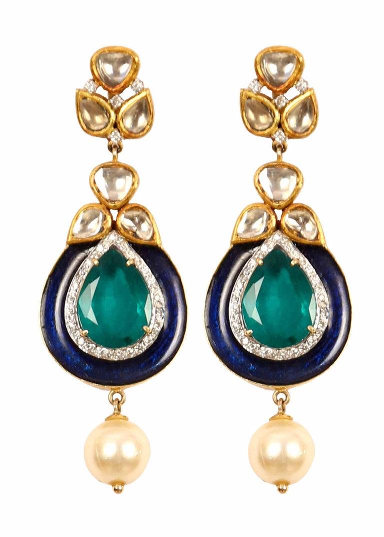 Manjrie Baroque Pearl Uncut Diamond 18 Karat Gold Artisan Bracelet For Sale 1