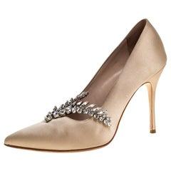 Manolo Blahnik Beige Satin Nadira Crystal Embellished Pointed Toe Pumps Size 38.