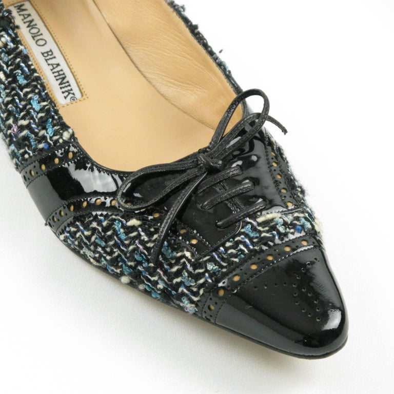 Manolo Blahnik Black Patent Leather and Tweed Fabric Flats Shoes Size 37.5 / 7.5 For Sale 4