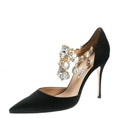 06be8c9ae91e Manolo Blahnik Black Satin Zullin Crystal Jeweled Pointed Toe D orsay Pumps  Size