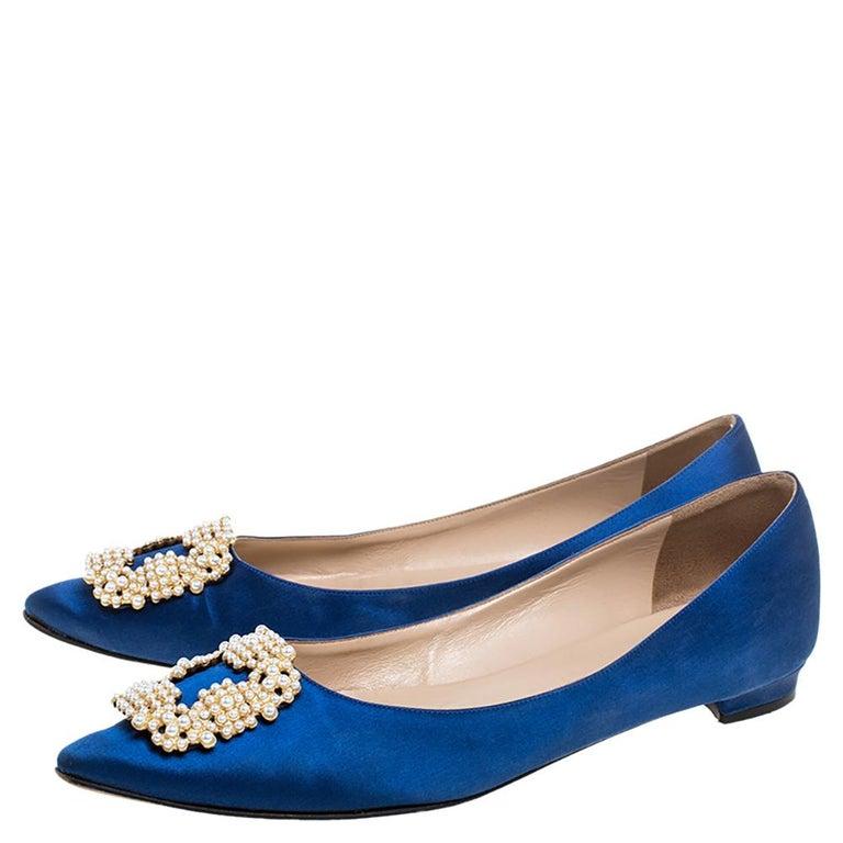 Manolo Blahnik Blue Satin Hangisi Crystal Embellished Ballet Flats Size 39.5 For Sale 1