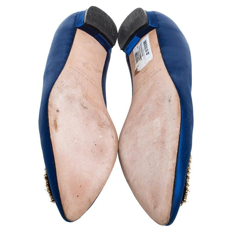 Manolo Blahnik Blue Satin Hangisi Crystal Embellished Ballet Flats Size 39.5 For Sale 3