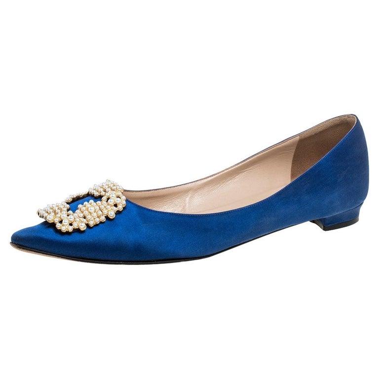 Manolo Blahnik Blue Satin Hangisi Crystal Embellished Ballet Flats Size 39.5 For Sale