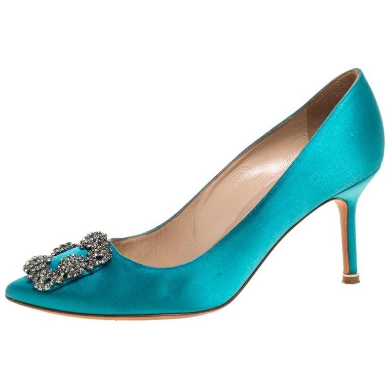 Manolo Blahnik Blue Satin Hangisi Crystal Embellished Pointed Toe Pumps Size 38 For Sale