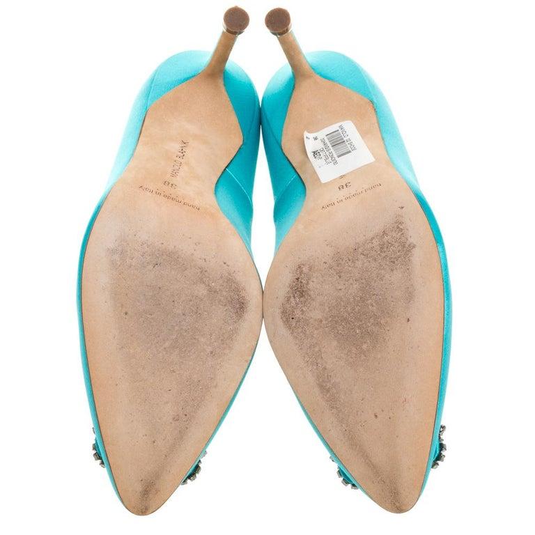 Women's Manolo Blahnik Blue Satin Hangisi Crystal Embellished Pumps Size 38 For Sale