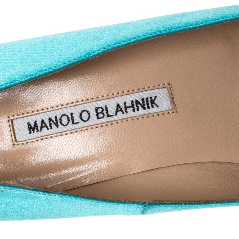 Manolo Blahnik Blue Satin Hangisi Crystal Embellished Pumps Size 38 For Sale 2