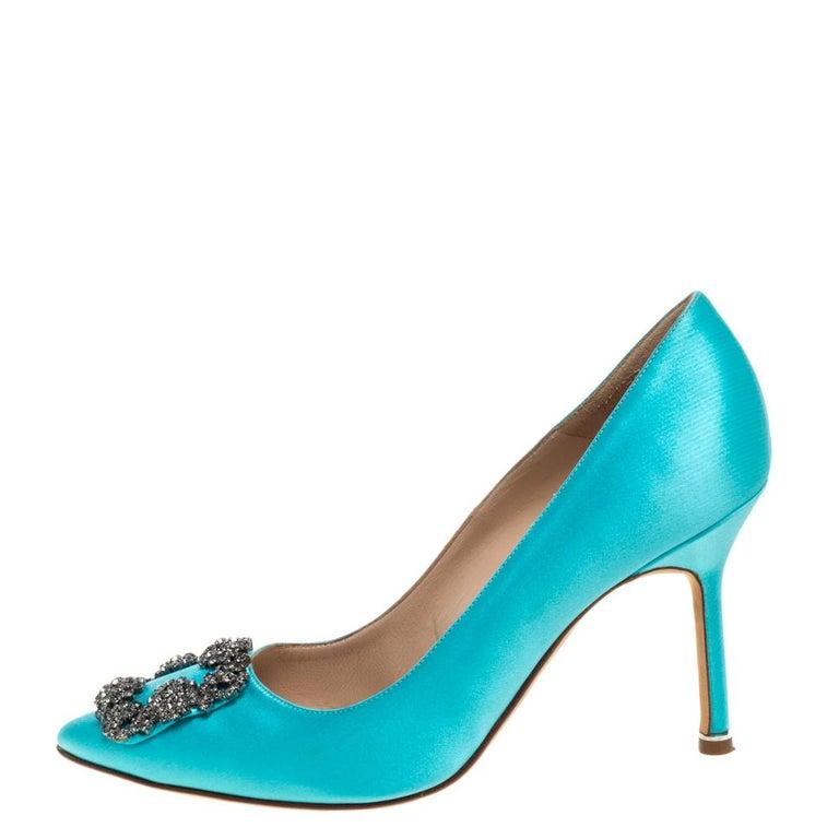 Manolo Blahnik Blue Satin Hangisi Crystal Embellished Pumps Size 38 For Sale 3