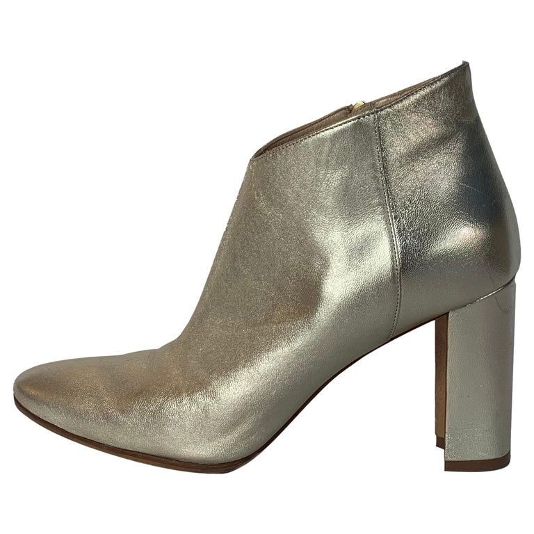 Manolo Blahnik Gold Leather Brusta Stacked Heel Booties sz 37 rt. $995 For Sale