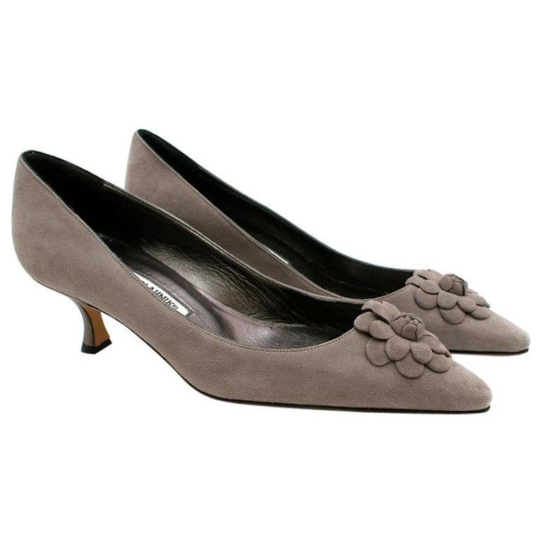 Manolo Blahnik Grey Suede Kitten Heel Pumps  36.5 For Sale