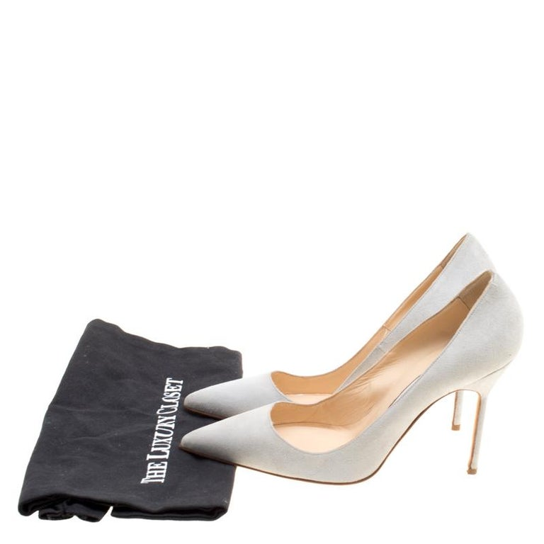 2aeda4ac45 Manolo Blahnik Light Grey Suede BB Pointed Toe Pumps Size 37.5 For Sale 3