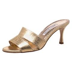 Manolo Blahnik Metallic Gold Canvas Lacopo Open Toe Sandals Size 37.5