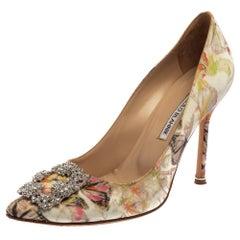 Manolo Blahnik Multicolor Butterfly Print Fabric Hangisi Toe Pumps Size 39