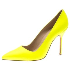 Manolo Blahnik Neon Yellow Leather BB Pointed Toe Pumps Size 36.5