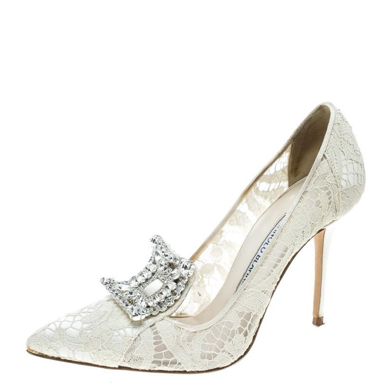 cc9814cafe6b Manolo Blahnik Off White Lace and Satin Borlak Crystal Embellished Pumps  Size 36 For Sale at 1stdibs