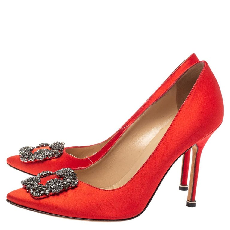 Manolo Blahnik Red Satin Hangisi Pumps Size 38.5 For Sale 1