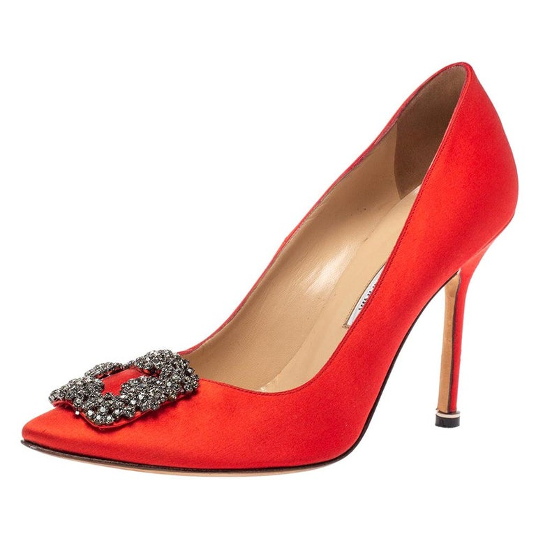 Manolo Blahnik Red Satin Hangisi Pumps Size 38.5 For Sale