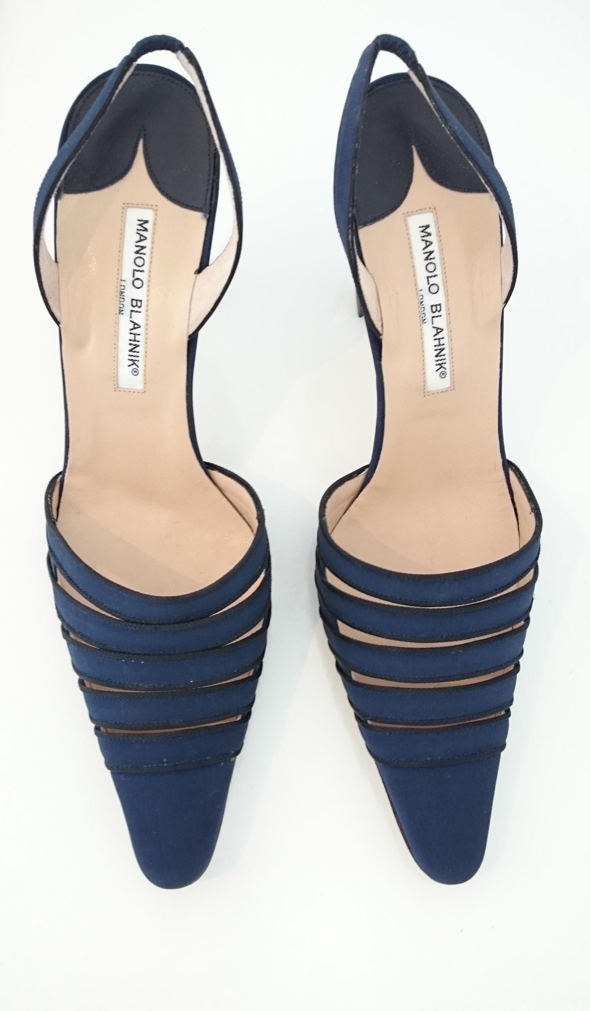 1792274ae5b7b1 Manolo Blahnik Seide Slingback Blaue High Heels. NEU. Größe 40 (EU) im  Angebot bei 1stdibs