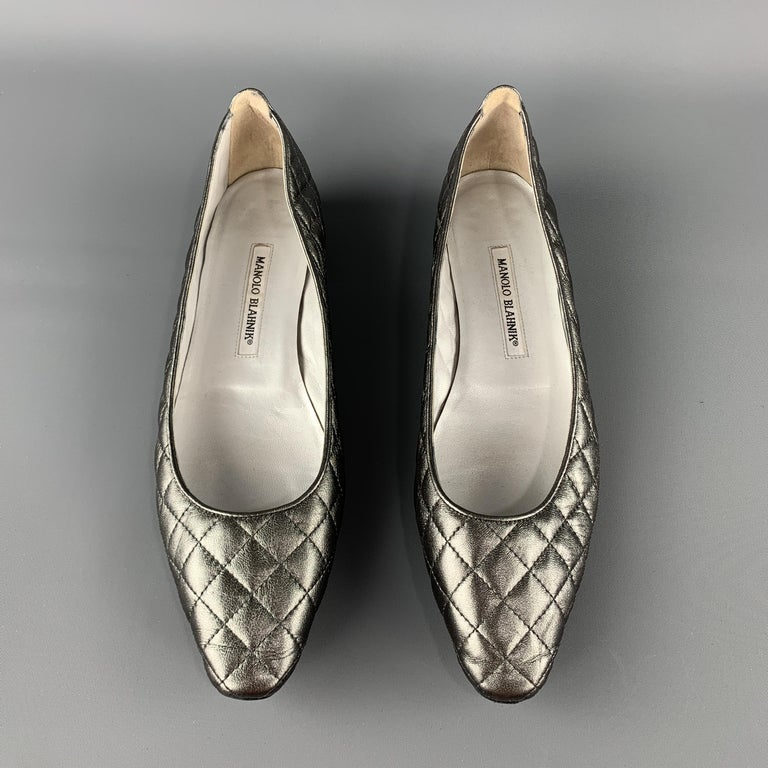 MANOLO BLAHNIK Size 10.5 Silver Quilted Leather Flats In Excellent Condition For Sale In San Francisco, CA