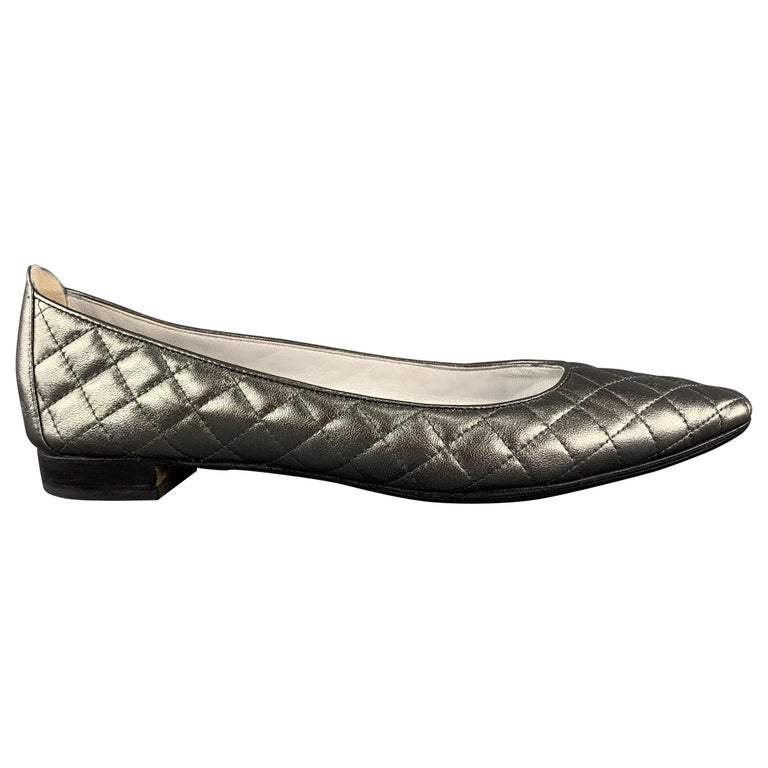 MANOLO BLAHNIK Size 10.5 Silver Quilted Leather Flats For Sale