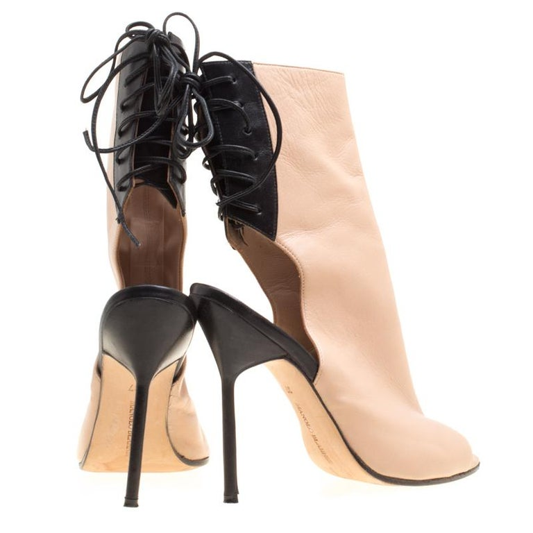 fa3d339024baf Manolo Blahnik Two Tone Leather Bellanto Cut Out Peep Toe Booties Size 37  In Good Condition