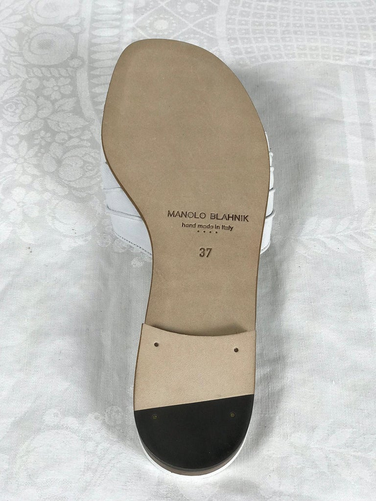 Manolo Blahnik White Leather Thong Sandals Unworn With Box, size 7 For Sale 1
